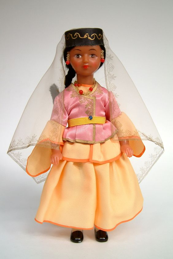 Azerbaijan | National costume doll made in USSR (Russia)