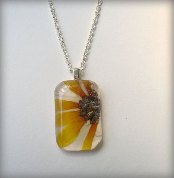 Brown-Eyed Susan necklace, made with real pressed flowers.