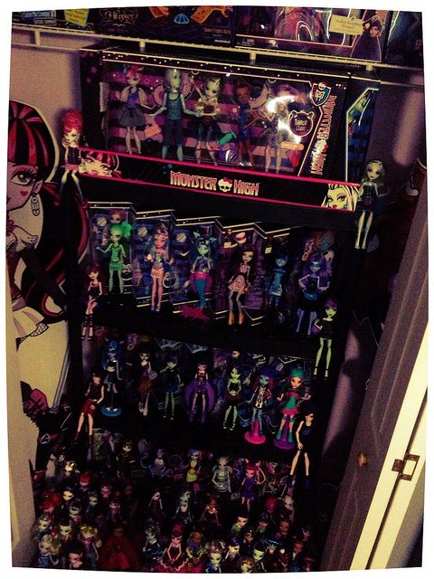 Monster high collections my monster high collection for Abbey brooks salon