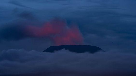 - O vulcão Nyaragongo, na República Democrática do Congo, o mais ativo da África. Foto: Pablo Porciúncula/AFP