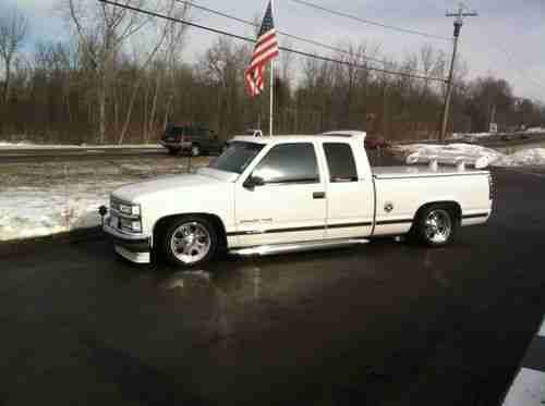 Custom 1997 Chevy Silverado C1500 Lowrider Show Truck 70k Miles Beautiful Us 24 995 00 Image 6 Chevy Silverado Show Trucks 1997 Chevy Silverado