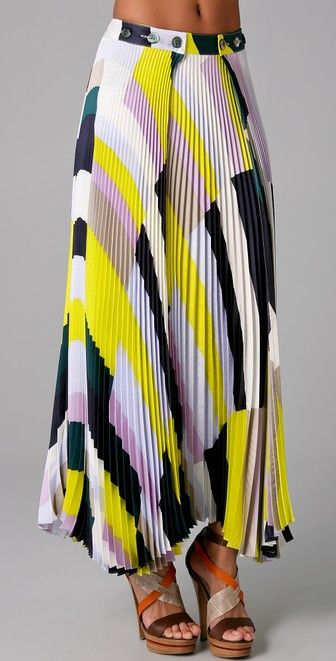 SUNO Pleated Long Skirt