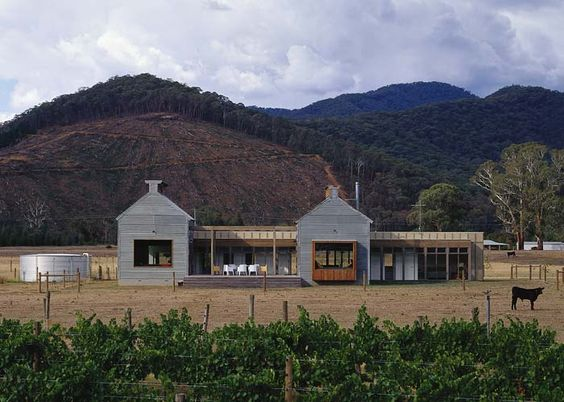 These old tabacco kilns turn holiday homes are set amongst the vineyards of Victoria's Ovens River Valley. Just 30 minutes from Mt Hotham, The Kilns  are also perfect for a ski weekend.