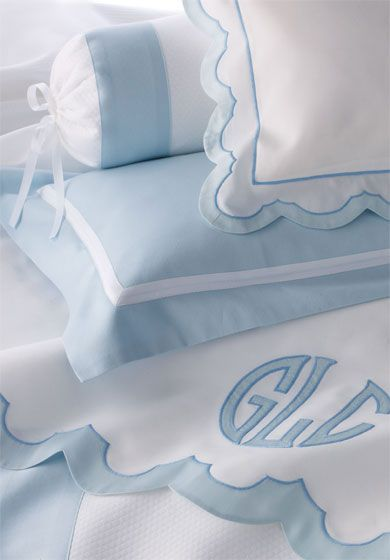 Bespoke bed linens by Léron Linens. View our Garden Of Earthly Delights collection.