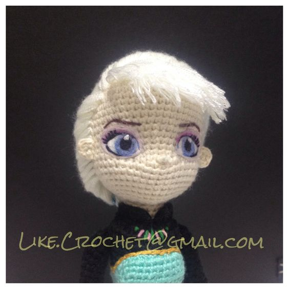 Crochet Elsa Amigurumi : Princesses, Elsa and Crochet on Pinterest