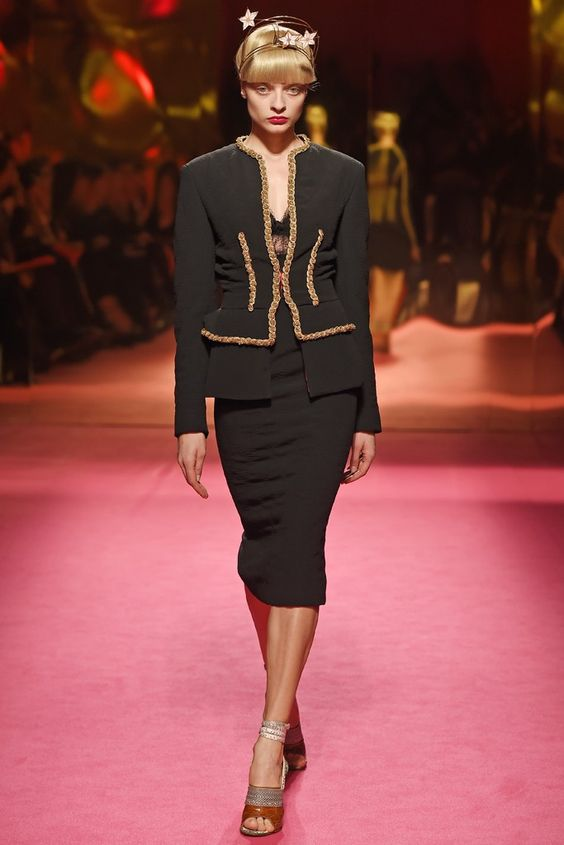 Schiaparelli Couture Spring 2015 - Slideshow - Runway, Fashion Week, Fashion Shows, Reviews and Fashion Images - WWD.com