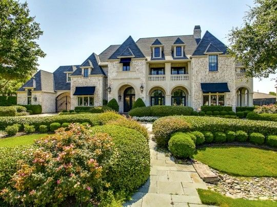 Groovy Wow An Exquisite French Country Mansion Full Of All The Bells And Largest Home Design Picture Inspirations Pitcheantrous