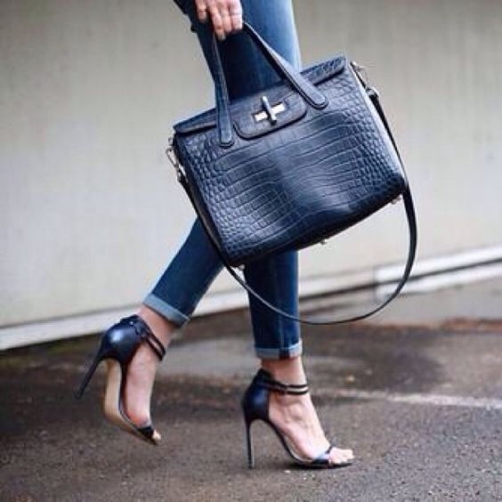 #handbag #blackbag #sandals #highheels #instashoes #shoes #shoegram #shoeslover #fashion #fashionable #fashiongram #fashionista #fashiondaily #fashionistas #fashionlover #fashionstyle #fashionlovers #fashiondiaries #style #styled #styles #styling #stylish #stylediary #styleoftheday #styleinspiration #trend #trends #trendy #instafashion #Padgram