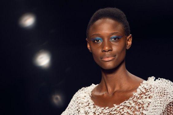As tendências em maquiagem do SPFW Verão 2016 com sugestões de compra // Notícias // FFW