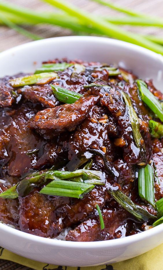Mongolian Beef (PF Changs copycat). So easy to make and tastes even ...
