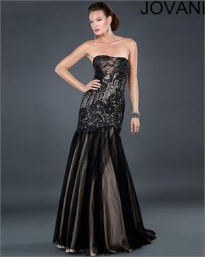 http://www.netfashionavenue.com/jovani-evening-dress-6305.aspx