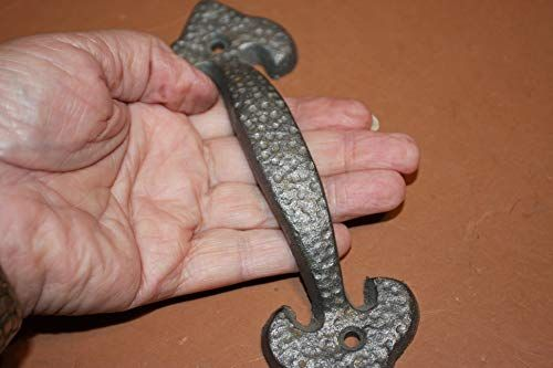Set Of 14 Early Americana Cast Iron Cabinet Pulls Hammere Https Www Amazon Com Dp B07glg793p Ref Cm Sw R Pi Dp U Iron Drawer Pulls It Cast Cast Iron Pull