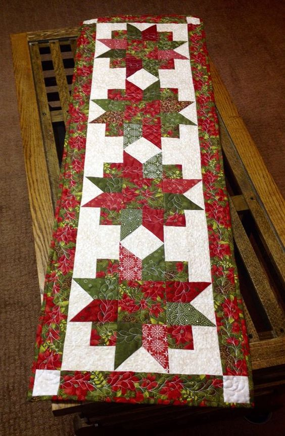 Pinterest Quilting Table Runners : Table runner. let's get quilting Pinterest Runners, Xmas and Tables