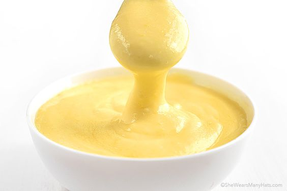 This classic Hollandaise Sauce Recipe is the perfect accompaniment for ...