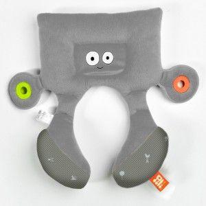 Cale tête doudou pour enfant PiliKid de BabytoLove pour que les enfants puisse dormir confortablement en voiture
