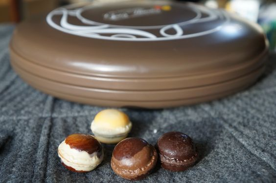 Most of the time we buy things because we like the way it represented. Macaron chocolate box looks like macaron itself!