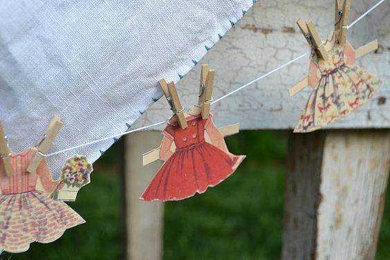 paper dolly clothesline garland