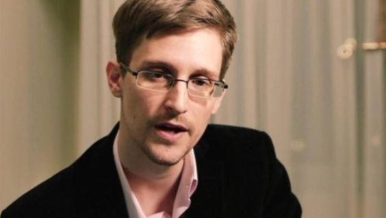 """Abhöraffäre: Snowden warnt in """"Weihnachtsansprache"""" vor Verlust der Privatsphäre"""