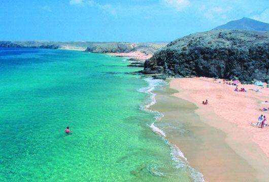 http://www.shortbizz-artikel.blogspot.com/2012/09/falkito-mierfolg-ausgeschlossen-erfolg.html  Playa de papagayo Lanzarote. España.