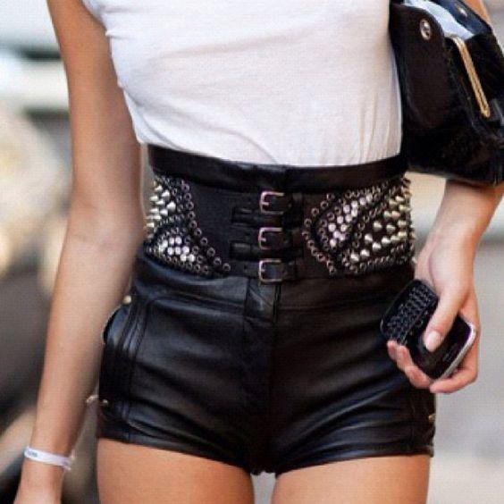 I want these shorts so bad!
