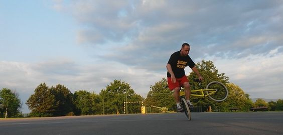 One of my goals with DXN Ganoderma coffee business is to have more freetime for my hobby:BMX Flatland. http://dxncoffeemagic.com/my_story