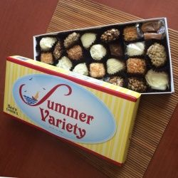 画像1: ★タイムセール!500円オフ! See's  Summer Variety Chocolate  シーズ サマーバラエティ 1ポンド(454g)