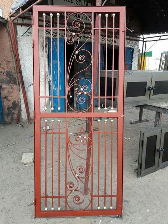 Puerta Protector Puertas De Acero Diseno De Puerta De Hierro Puertas De Hierro