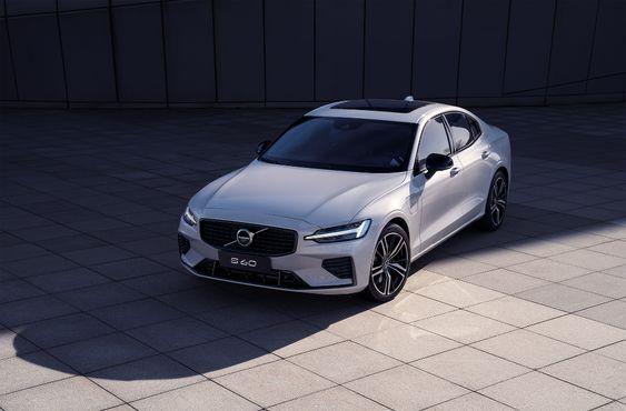 Volvo S60 on Behance