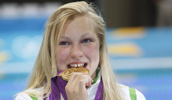 Lituana Ruta Meilutyte,15 year old wins Gold London 2012 Olympic Games: