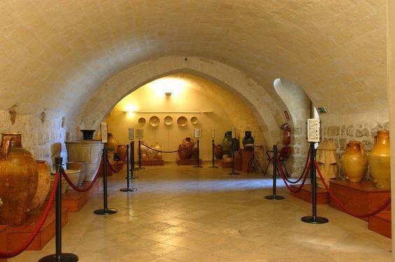 HiPuglia: Il Museo della Ceramica  http://www.hipuglia.com/2012/08/il-museo-della-ceramica.html