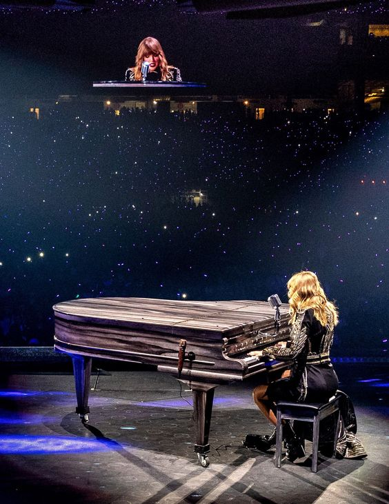 Taylor Swift's First Reputation Concert