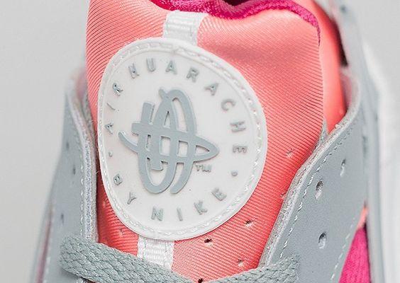 nouvelles chaussures nike de basket-ball - FRxgi) Nike Air Huarache Chaussure Pour Femme Rose/Blanc/Gris 2 ...
