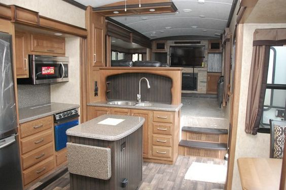 Montana luxury and rv superstore on pinterest - Montana fifth wheel front living room ...