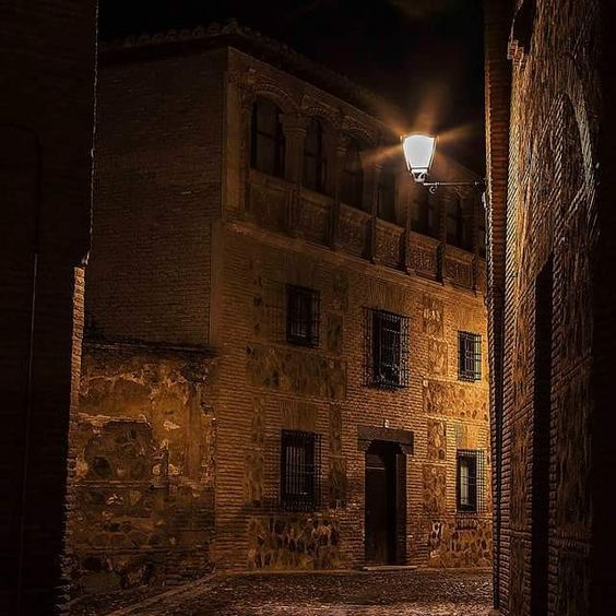 Antigua Casa de la Familia Niño.- #Toledo by fotoledo