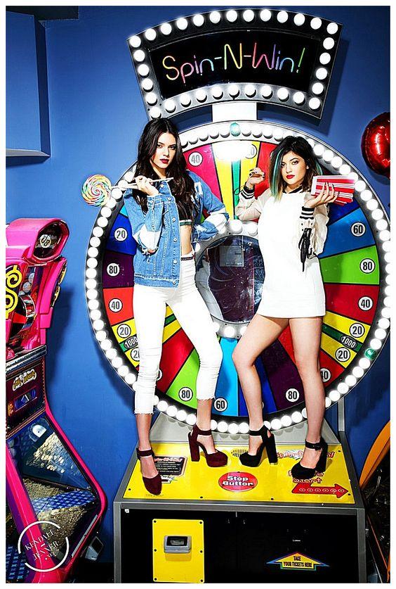 Kendall Jenner & Kylie Jenner - Steve Madden (2014)
