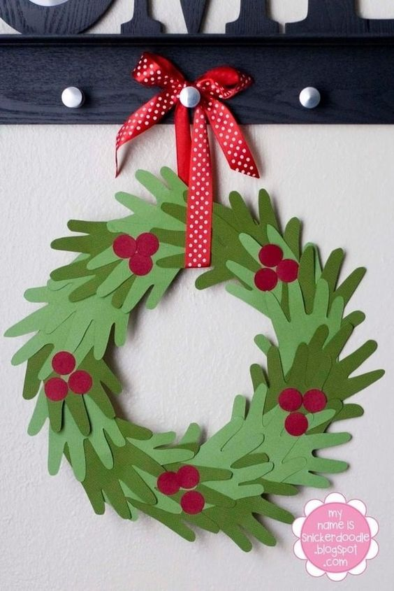 21 DIY Holiday Ideas like this beautiful HANDmade Wreath