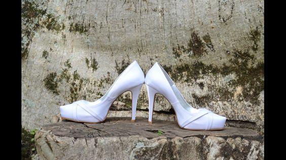 Sapato cetim branco salto 10cm