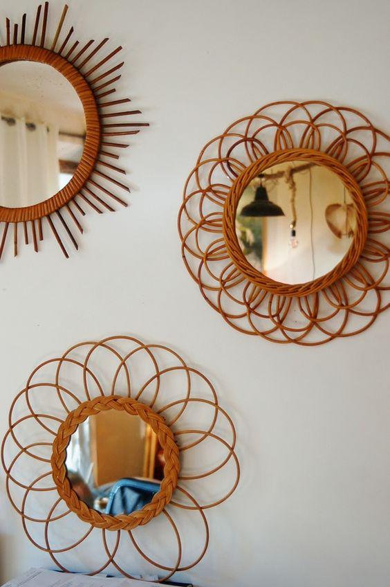 Miroirs dans montée d'escalier ? Industriels ? Rotin vintage ?