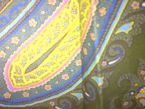 Detail of Mens Robert Graham SIR RICHARD Olive/Blue/Yellow Paisley Long Sleeve Shirt.  Style Rx08173, 2008