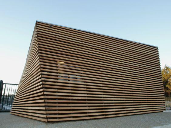 Parking Attendant's Pavilion / Jean-Luc Fugier  (2)