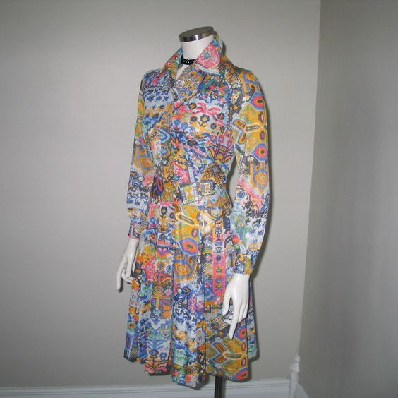 Vintage 1970s Cirette California Digital Look Computer Punch Card Abstract Print Dress XS S