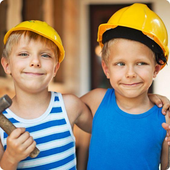 Wenn ich groß bin, werd' ich Baurbeiter! Den Traum vieler Jungs kannst Du mit einem Bob der Baumeister Geburtstag erfüllen! Hier gibt's Ideen für Essen auf deinem nächsten Kindergeburtstag: balloonas.com