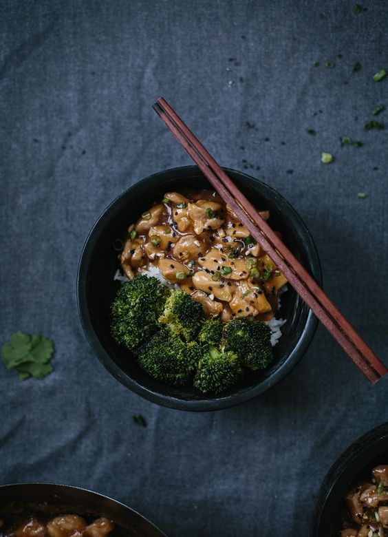 Quick Chicken Stir Fry with Roasted Broccoli: