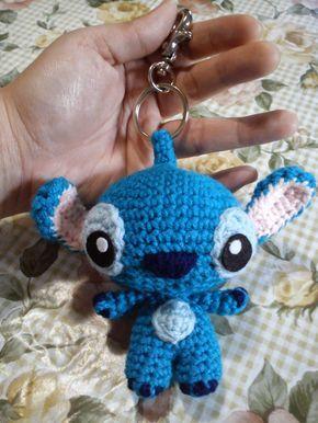 Stitch Keychain - Free Amigurumi Pattern here: http://duchessgala.blogspot.com.es/2014/11/626-and-624.html
