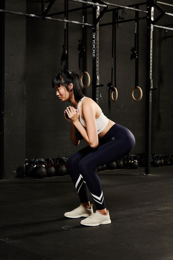 A 30-Second Trick That Will Beef Up Your Squat Game and Help You Grow Your Butt