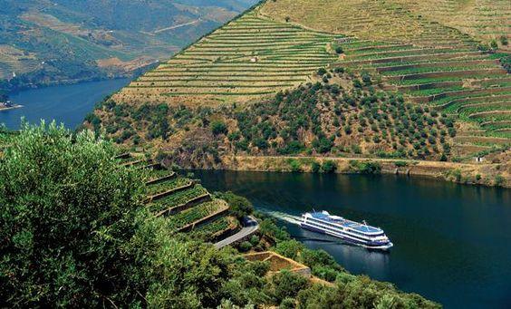 Touring | Agência Regional de Promoção Turística Porto e Norte, Douro Valley, Portugal