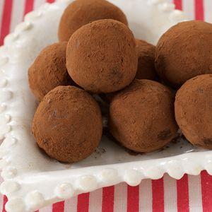 Dark chocolate truffles, Chocolate truffles and Truffles on Pinterest
