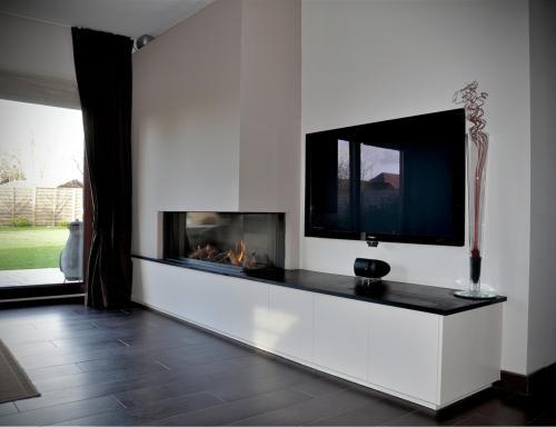 Foto 39 s invento moderne haarden zitkuil haard pinterest google and search - Deco moderne open haard ...