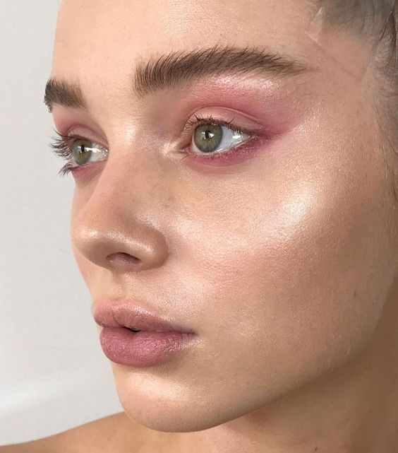 The pink eyeshadow may look exceptional on Instagram, but we are here to show you ... - #appear #exceptional #instagram #The eyeshadow #but #show you #could #here #pink #we #are on