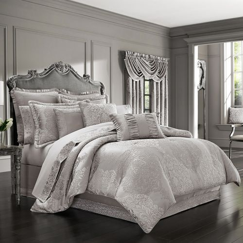 La Fontana Silver Comforter Set Luxury Comforter Sets Bed Linens Luxury Comforter Sets